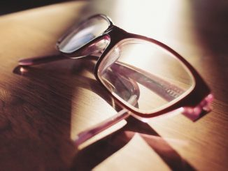 eyeglasses-698672__340